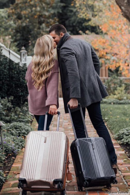 What to consider when buying luggage online