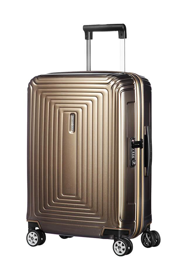 10 parasta matkalaukkua käsimatkatavaroihin