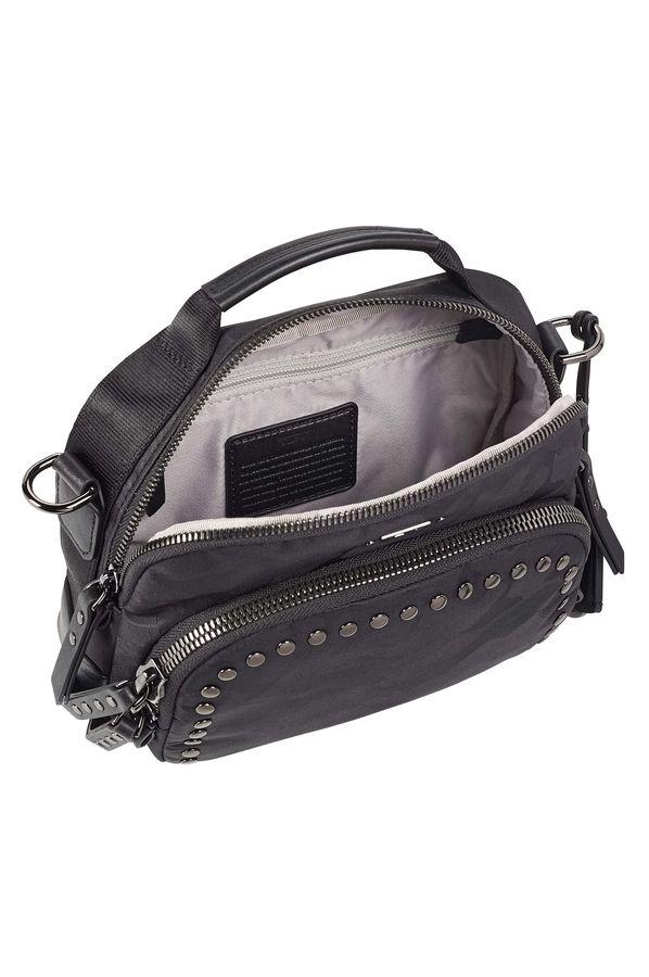 Voyageur Crossover bag · Voyageur Crossover bag ... f5c3026ee80d6